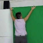 "How To ""GREEN SCREEN"" VIDEO MADE EASY FOR BEGINNERS (BLUE SCREEN VIDEO)"